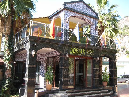 Dorian Hotel: Eingang