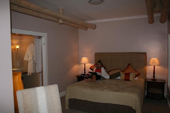 Mont Rochelle: room1
