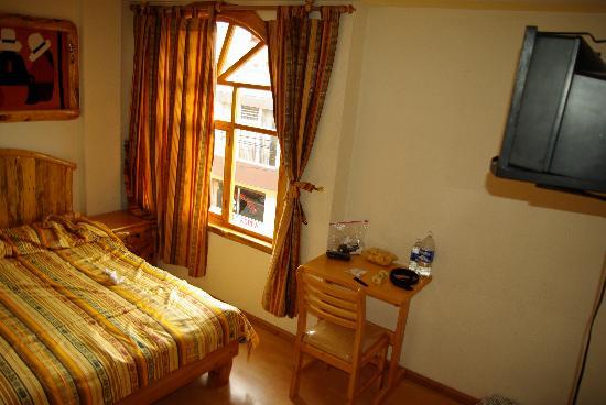 Hotel Santa Fe: My room, basic but reasonably comfortable