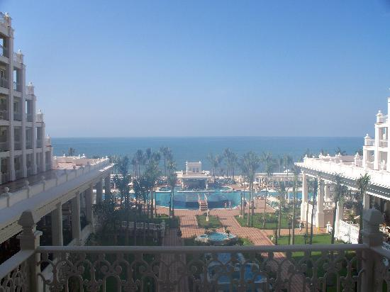 Hotel Riu Palace Pacifico: Pretty view from 1st room