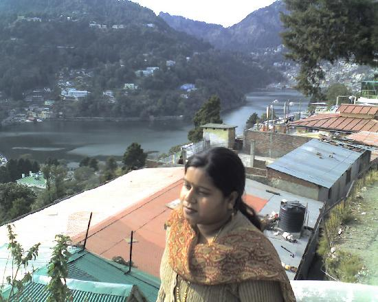 Nainital, Indien: View from the peak of hill