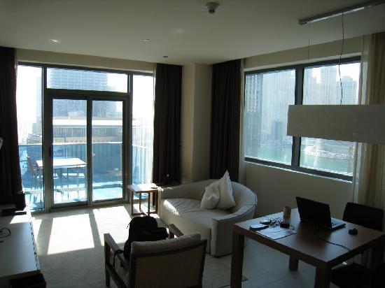 Radisson Blu Residence, Dubai Marina: the lounge. an end room so lots of windows. even a balcony.