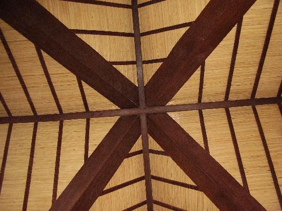 Hotel Vila Lumbung: fantastic ceilings