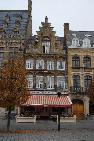 Hotel Old Tom : The Old Tom - Ypres