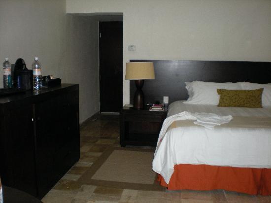 Presidente Inter-Continental Cozumel Resort & Spa: Room