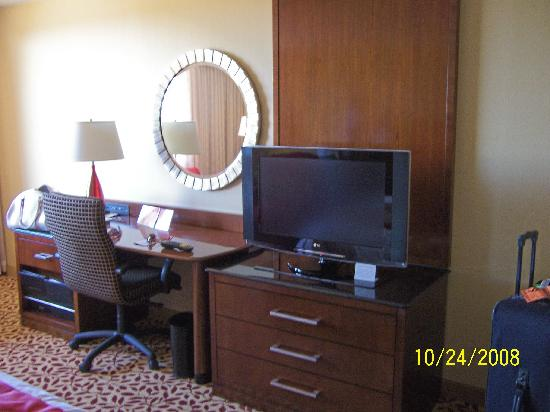 Dallas/Fort Worth Airport Marriott: Workstation Rm 430