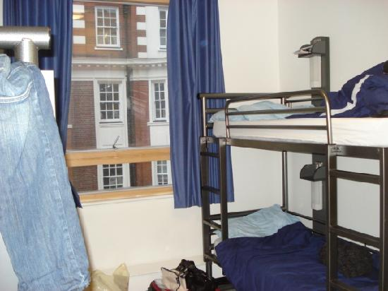 YHA London Central: chambre