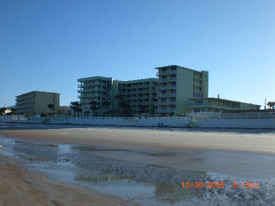 El Caribe Resort and Conference Center: El Caribe from the beach