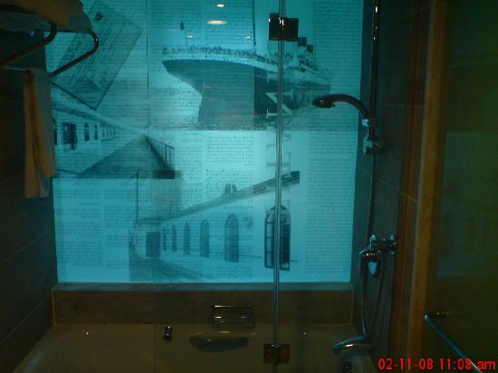 Titanic Beach Lara Hotel: bath