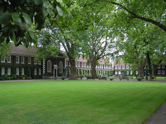 Geffrye Museum and grounds