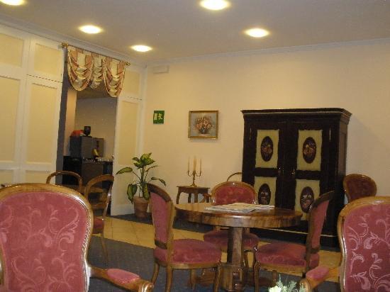 Bel'Espérance : quaint lobby and free internet access