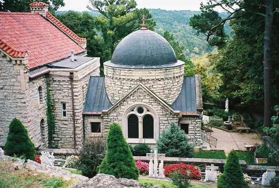 Eureka Springs, AR: St. Elizabeth's Catholic Church