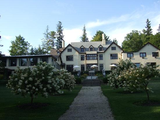 Seven Hills Inn: The Inn