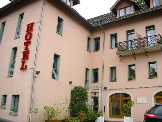 Hotel des Marquisats: hotel from outside