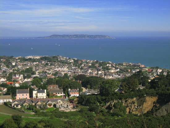 Hiking from Killiney to Dalkey