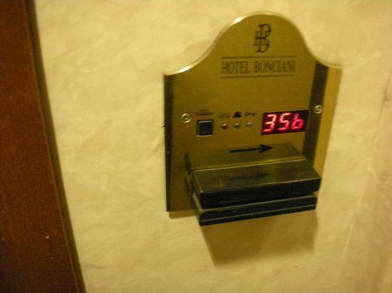 Bonciani Hotel: Pagar por uso de aire