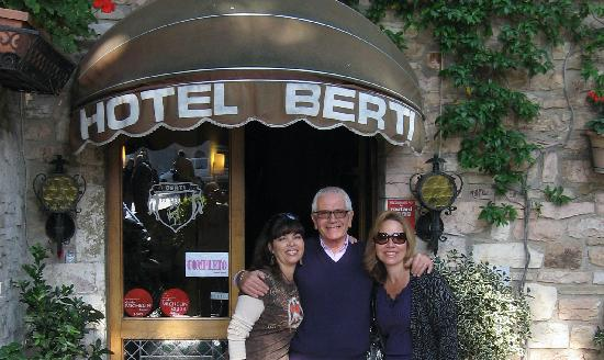 Hotel Berti: With friendly Franco