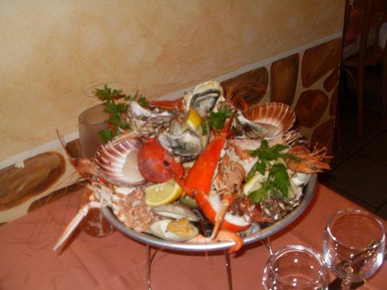 Charleroi, Belgique : plateaux de fruits mer