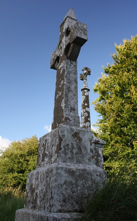 Mullingar, Irland: Ireland: co. Westmeath - St Munna's Church - churchyard