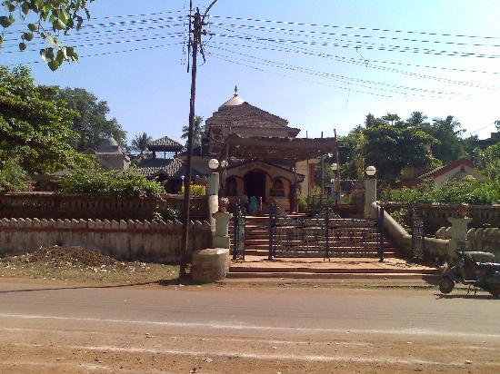 Mormugao, الهند: Devaki Krishna Temple located at Marcel,Goa