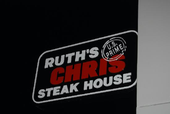 Ruth's Chris Steak House - Fresno: Welcome!