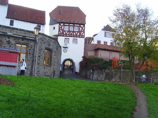 Best Western Premier Hotel Villa Stokkum: the village nearby the river