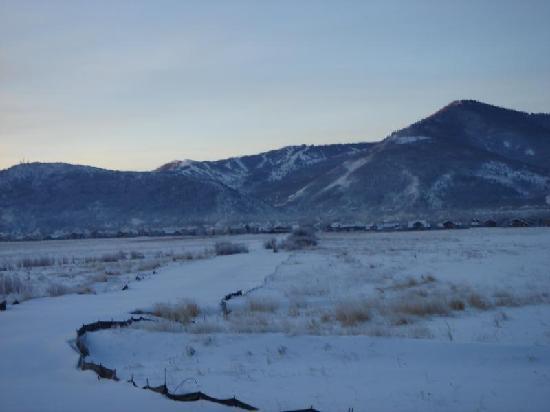 Newpark Resort & Hotel: View of Park City Mountain Ski Resort from Newpark Resort