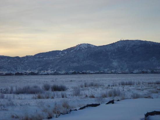 Newpark Resort & Hotel: View of Deer Valley Resort from Newpark Resort
