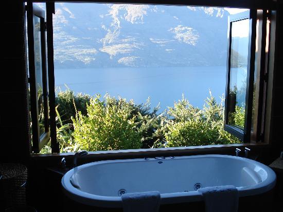 Azur: Bath