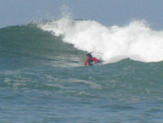 Shaka Beach Retreat: Me on a right hand bomb