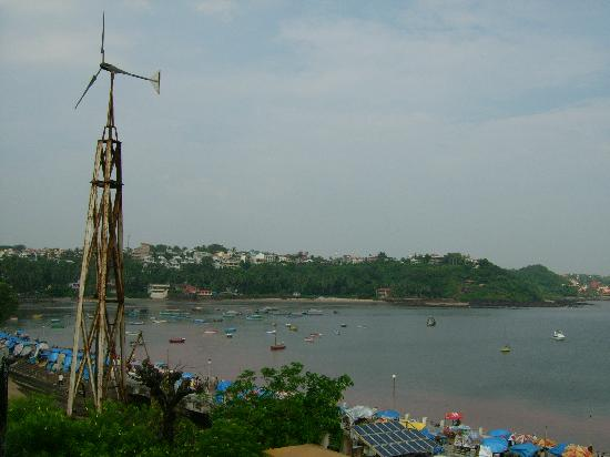 Windmill at Dona Paula