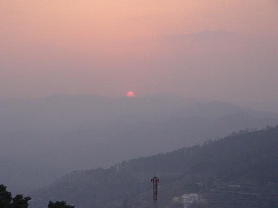 Almora, India: Sunset