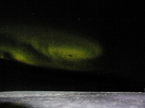 Hotel Glymur: Northern lights over the hotel
