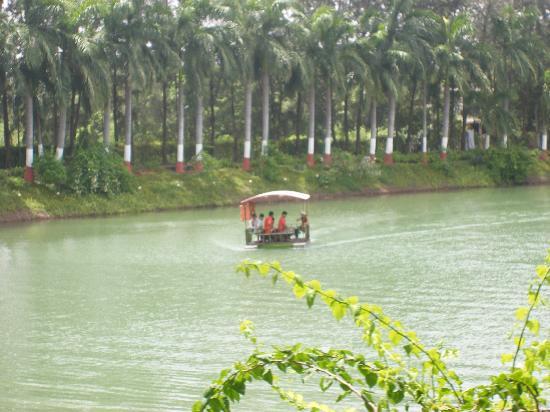 Daman, Inde : Boating Club