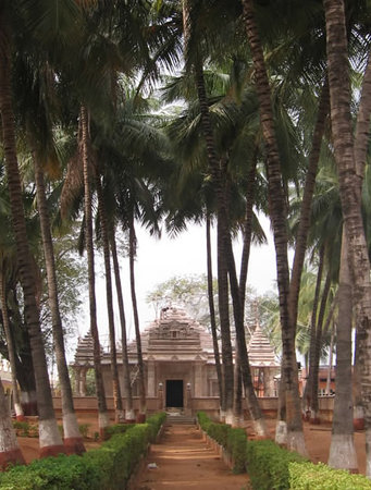Andhra Pradesh, India: Kolanpak Temple