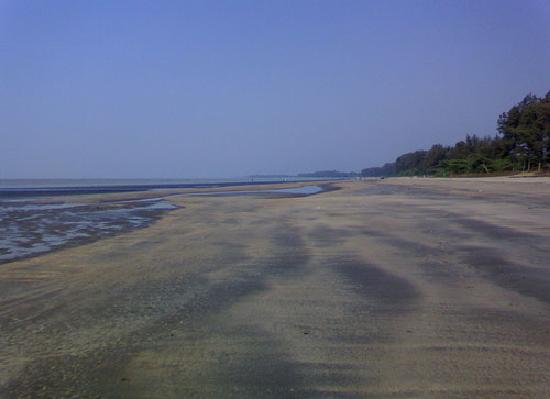 Bordi, الهند: Bordi Beach