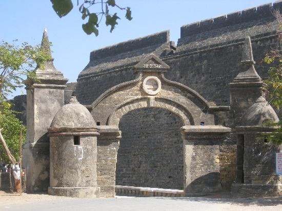 Daman and Diu, Indien: this is the entrance of the odl fort