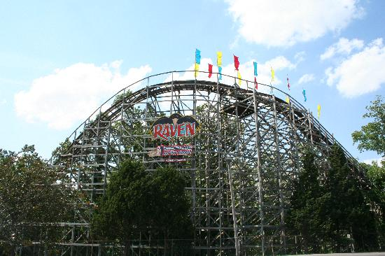 Holiday World & Splashin' Safari: The Raven