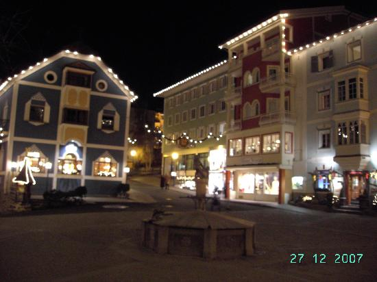 Ortisei, Italia: piazzetta1