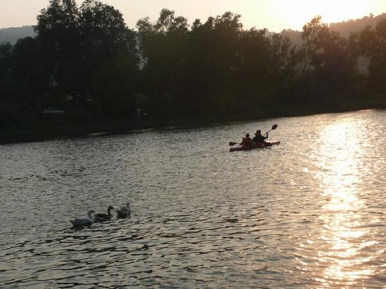 Ecomantra's Rivertrail Eco Camp : About to be sunset