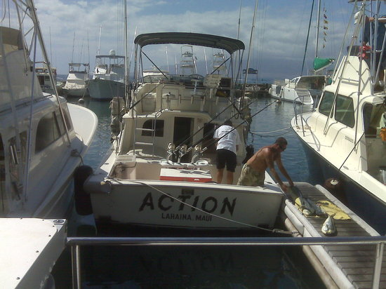 Start Me Up, Sport Fishing : Captains Patrick and Steve Cleaning up after the trip