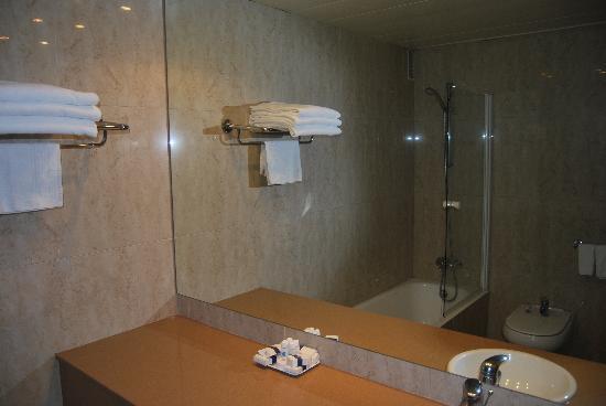 Tryp Castellon Center: Salle de bain