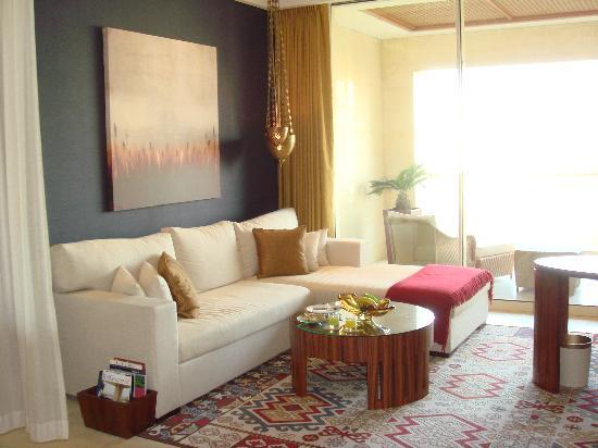 Raffles Dubai: Our suite