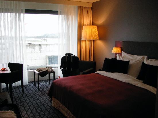 Radisson Blu Hotel, Zurich Airport: ZRH