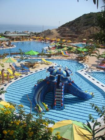 Eri Sun Village Water Park: piscine enfants