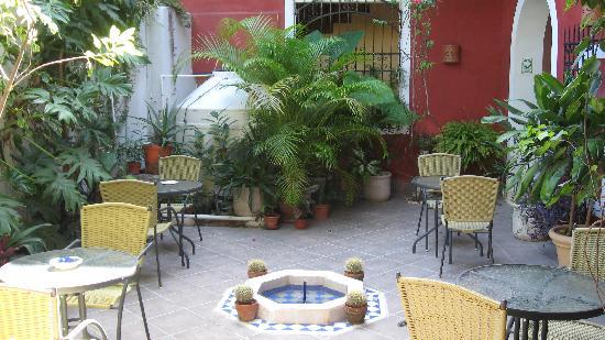Hotel Julamis: Breakfast area at Julamis