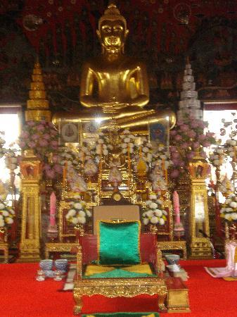 Rambuttri House: Bangkok - Buddha