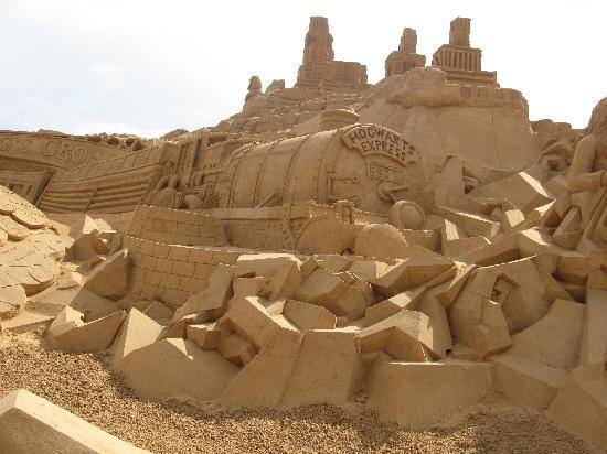 Rocha Brava Village Resort: sand sculpture at 'Fiesa', Pera