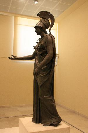 Piraeus, กรีซ: Bronze statue of Athena