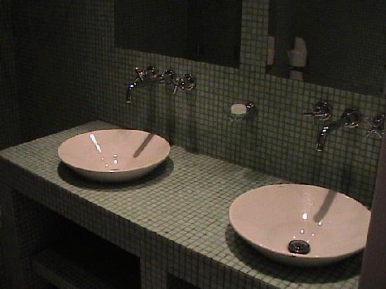 Hôtel Le Caritz : Bathroom